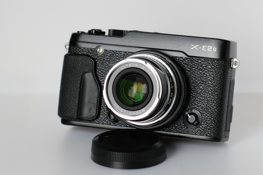 Review – Voigtlander 35mm F2 Ultron Vintage line lens on Fuji X camera